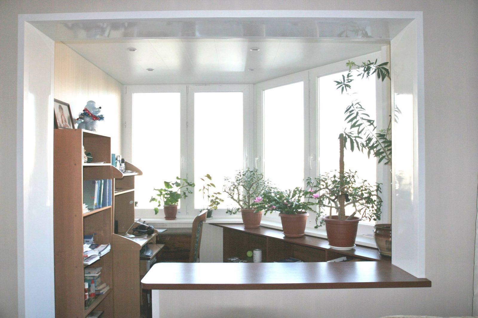 Балкон в квартире: 90 фото вариантов разных стилей оформлени.